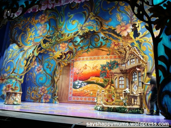 Disney's Beauty and the Beast Original Broadway Musical Stage Setip