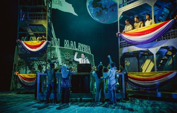 Scenes from Singapura The Musical (credit to Singapura The Musical) (2)r