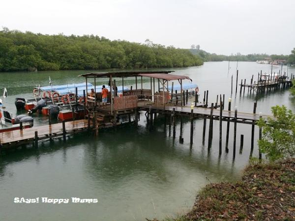Merang Jetty - this drop/off pick-up belongs to Redang Kalong Resort