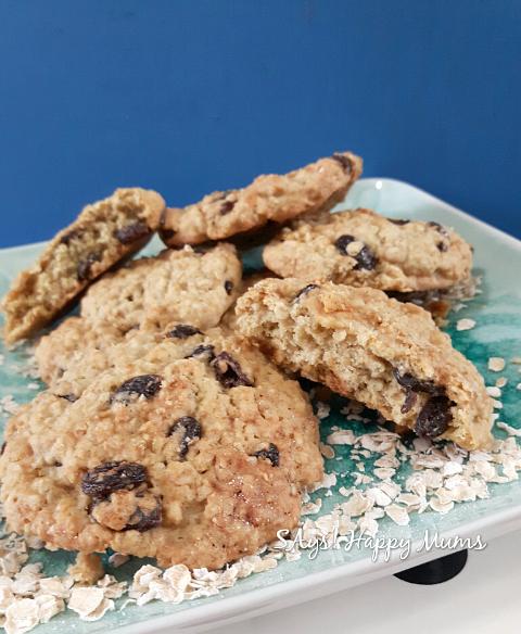 Oats & Raisins Cookies