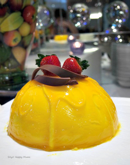 The Yuzu Mango Cold Cheesecake looks really inviting here. The tangy yuzu might be too sour for some. I found it tantalising.